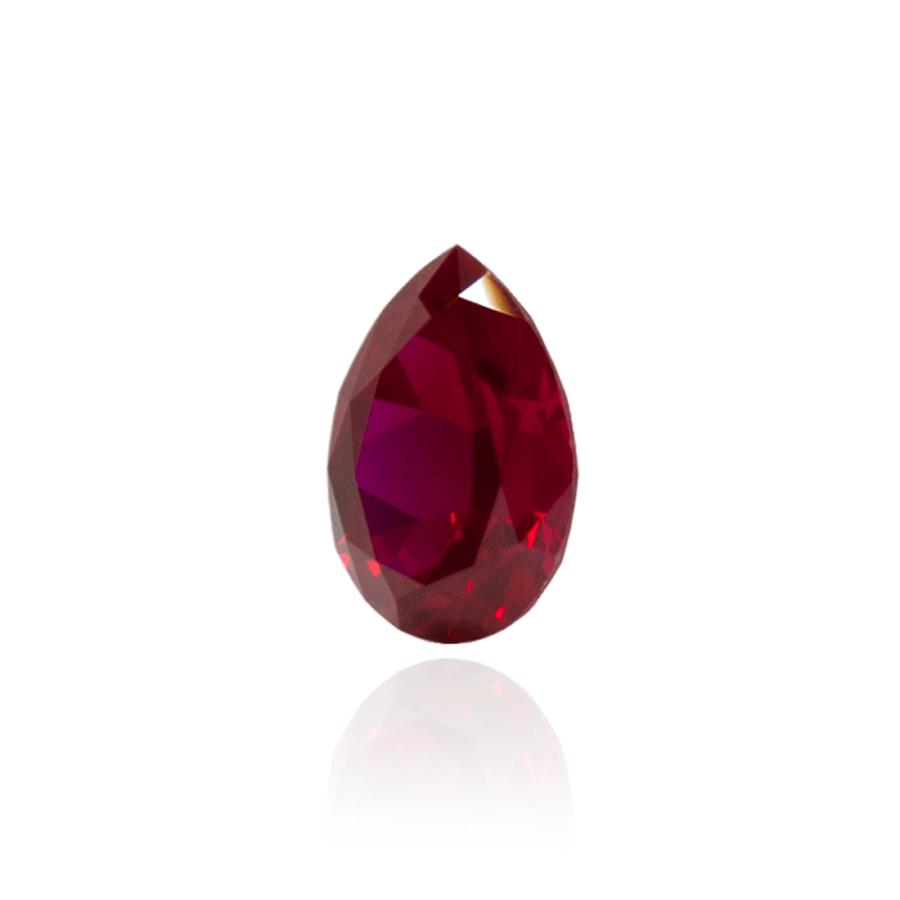 гидротермальный выращенный рубин голубиная кровь dark ruby корунд огранка груша капля