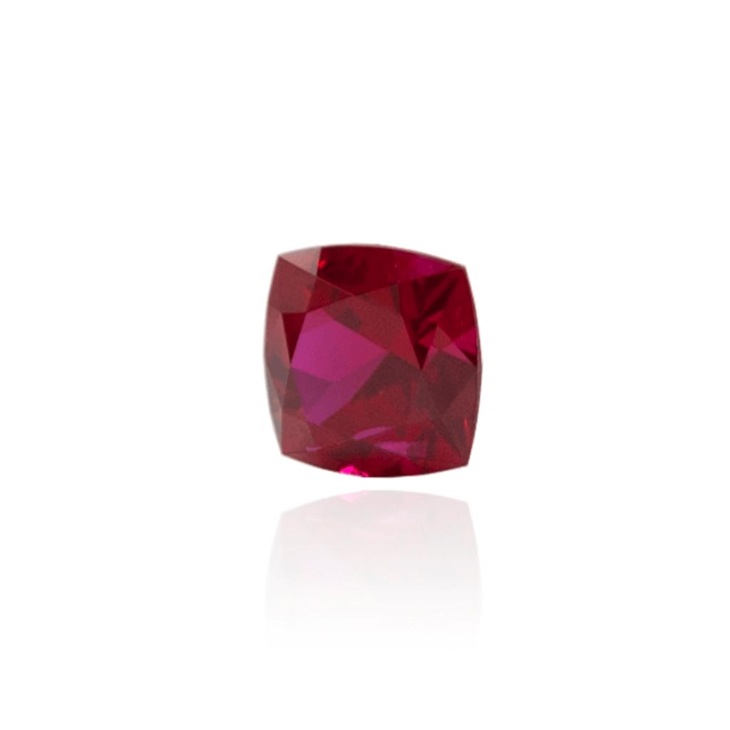 гидротермальный выращенный рубин голубиная кровь dark ruby корунд огранка кушон