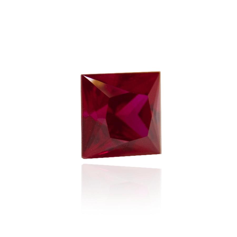 гидротермальный выращенный рубин голубиная кровь dark ruby корунд огранка принцесса каре